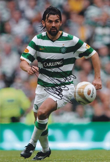 Paul Hartley, Glasgow Celtic, signed 12x8 inch photo.(2)